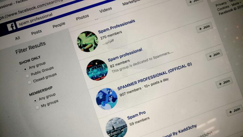 网络犯罪分子(静止)使用Facebook作为黑市