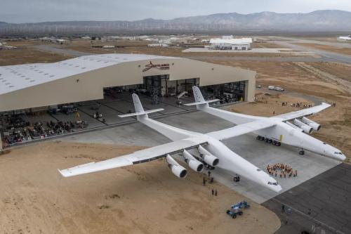 世界上最大的飞机有史以来第一次飞行