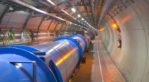 人类最大的原子粉碎者将暂停 将在2021年再次醒来