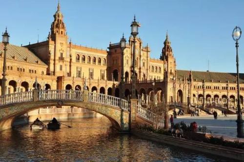 西班牙如何回到良好的道路上