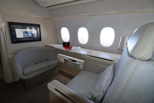 法国航空公司 从国旗航空公司到国家的压舱物