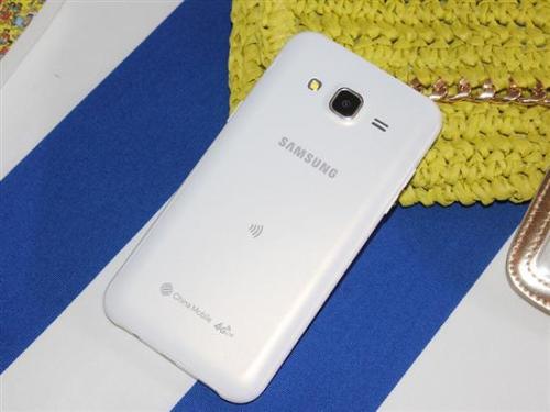 三星Galaxy A70在印度推出 用于卢比