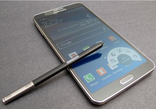 三星推出全球首款5G智能手机