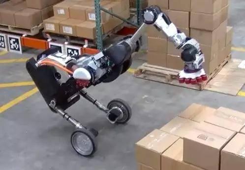 你可以挤满一个让你站直的机器人
