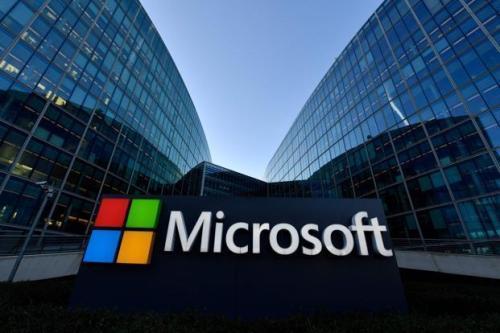 随着公司进一步推进人工智能和云计算 微软的Windows负责人离职