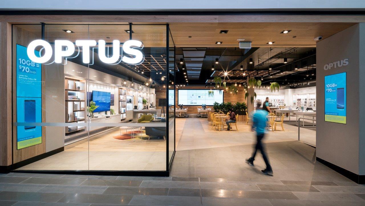 随着财政年度利润下降 Optus破解了90亿澳元的营业收入
