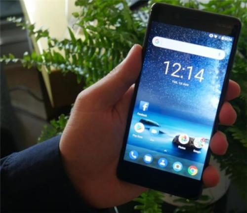 HMD Global已经慢慢将其标志性的诺基亚3310的复活版本带到了现代