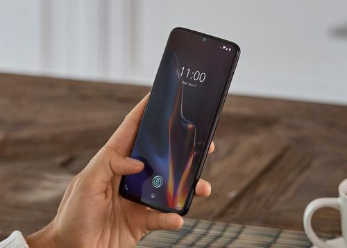 一些OnePlus 7 Pro手机有奇怪的幻影点击触摸屏问题