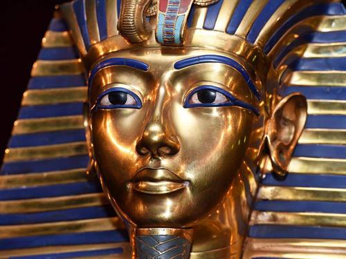 埃及要求克里斯蒂停止拍卖King Tut雕像