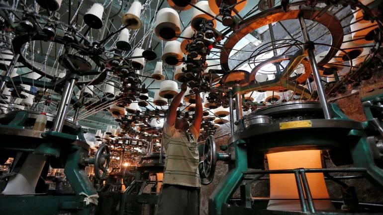 KPR Mill因撤回回购建议而下跌2%
