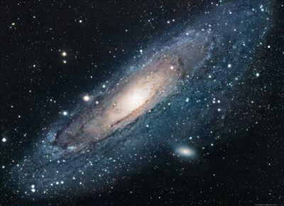 宇宙中的孔锐化宇宙测量