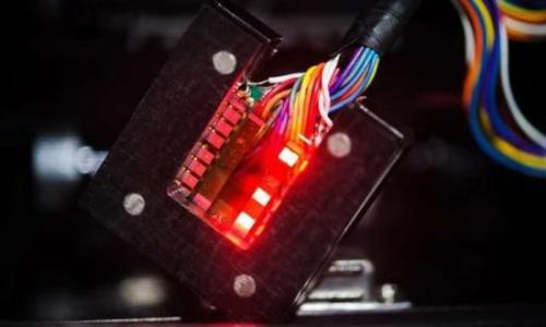 提高钙钛矿LED的效率和亮度