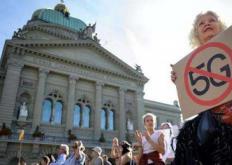 瑞士民众抵制5G内幕 瑞士民众想象力太丰富了