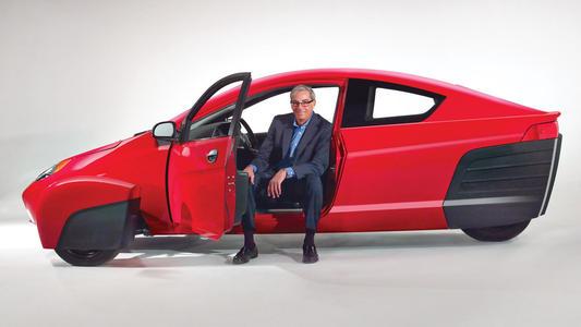 Elio Motors将精致的84 mpg P5三轮车带到洛杉矶
