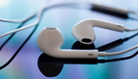 苹果音乐与Spotify的战争愈演愈烈 因为它达到了另一个里程碑