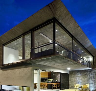 角混凝土楼板框架巴西房屋Casa Bosques