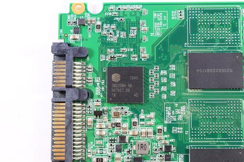 增强3D V-NAND技术推出了V-NAND SSD