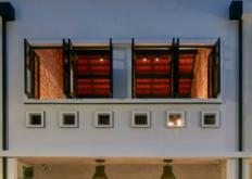 WOWArchitects在经过改建的新加坡店屋中开设艺术和设计场所