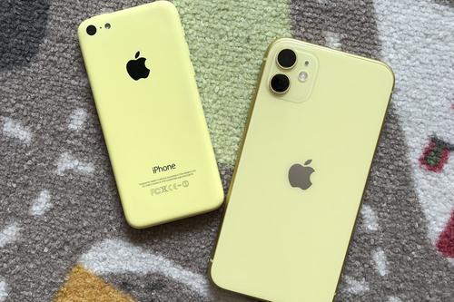 据称2019年的iPhone手机壳造型再次让人眼前一亮