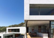 混凝土砌块构成悉尼BalmoralHouse的私人雕塑收藏