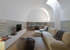 ManuelAiresMateus对18世纪里斯本联排别墅的内部进行了翻新