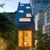日本狭窄房屋最著名的例子之一是安藤忠雄的横排房屋