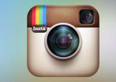 如何在Instagram中将个人资料简历进行居中对齐
