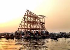 Makoko浮动学校为原型建立在很少或根本没有永久性的基础设施
