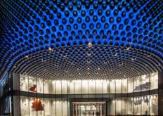 荷兰公司UNStudio已在中国武汉建成了一个购物中心