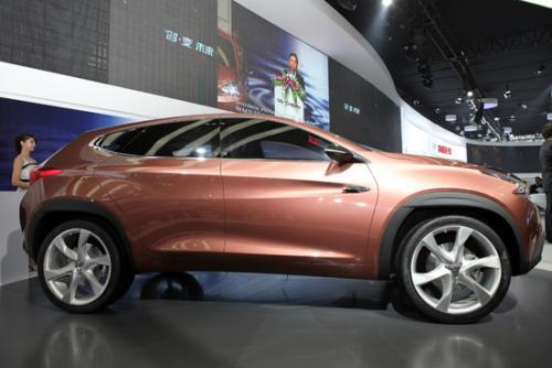 T15是量产版奇瑞TX概念车是首次亮相北京车展