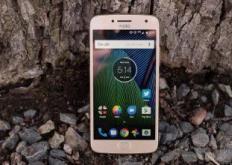 虽然开箱即用Android8.1Oreo推出的新设备让人有些失望
