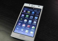 在LG的智能手机部门连续第11个季度出现收入下降之后