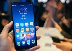第三季度排名前六位的智能手机品牌占中国在线市场的84%