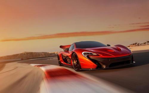 迈凯轮在批量生产碳纤维浴缸方面树立了新的标准