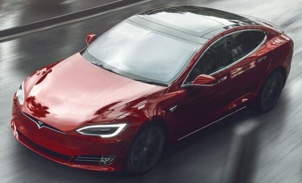 特斯拉Model S格子蒸发了迈凯轮P1记录