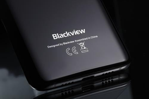 BlackviewS8是采用全屏设计理念的最新智能手机进入市场