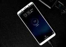 廉价的中国耐用型手机最近大多采用4.7英寸显示屏作为标准尺寸