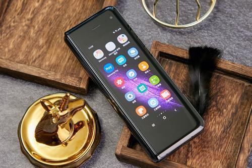 三星智能手机将使您在黑色三星GalaxyBudsPro上节省100美元