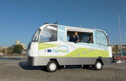 谷歌正在扩大全球80多个公交机构的公共交通支付能力