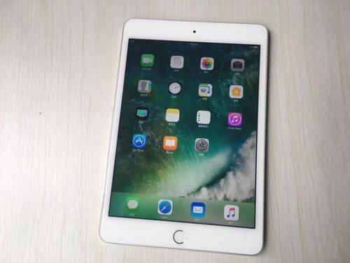 不过目前的谣言指向的是10.8英寸的iPadAir和更新的iPadmini