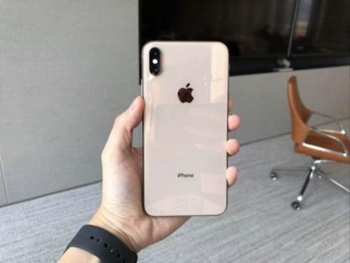 iPhoneXS所有者抱怨iOS12.1.1更新后的移动数据连接问题