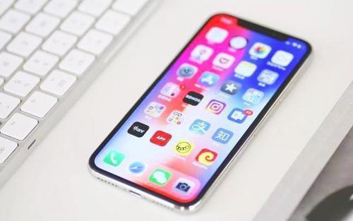 有传言称苹果正在与LG合作在2020年之前生产柔性OLEDiPhone