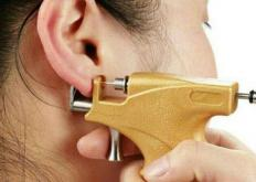 生活小知识:打耳洞预防发炎 最适合保养耳洞的耳钉
