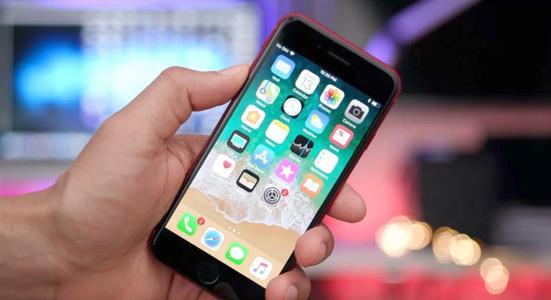 那些已经升级到iOS 11.1.2之后但还没有完全升级到iOS11.2.5的人