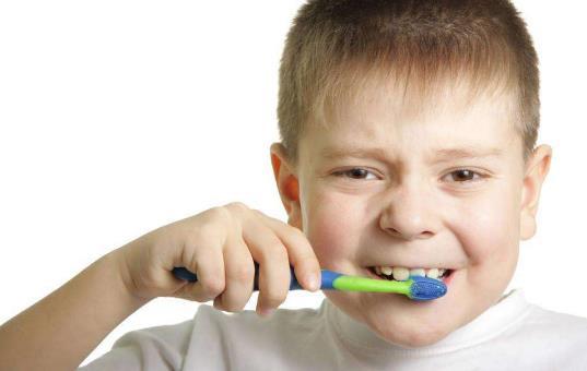 生活小知识:刷牙别踩这些雷区!