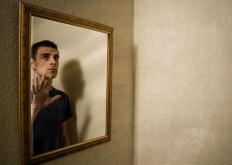 生活小知识:如何通过照镜子自测健康