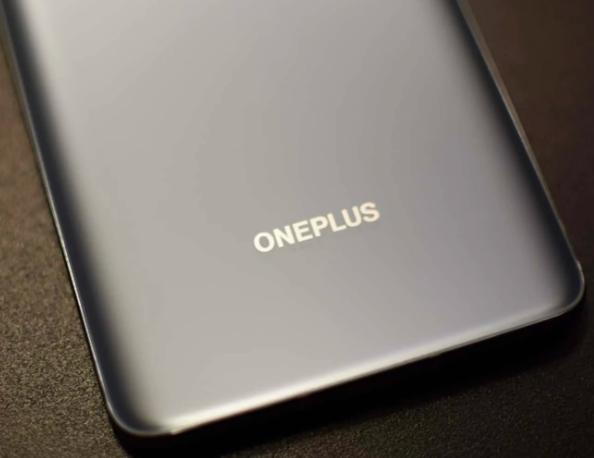 因此我们无法确认它们与OnePlus8Pro上的传感器相同