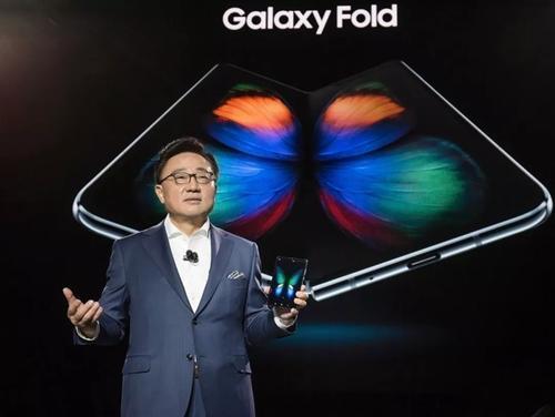 GalaxyFold的继任者显然将拥有与GalaxyS11相同的一些相机功能
