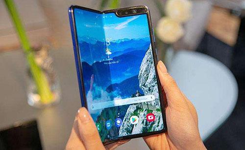 三星GalaxyFold2将是一款垂直折叠的智能手机