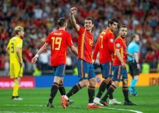 比赛前20分钟西班牙队控球率达到了90%